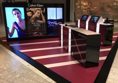 Calvin Klein – Deep Euphoria Display