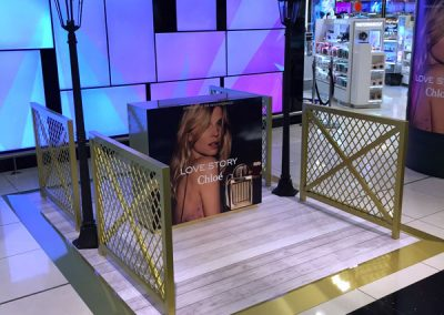 Chloe – Love Story Airport Shop Display
