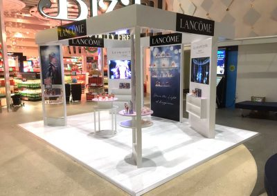 Overview of the Lancome POS display